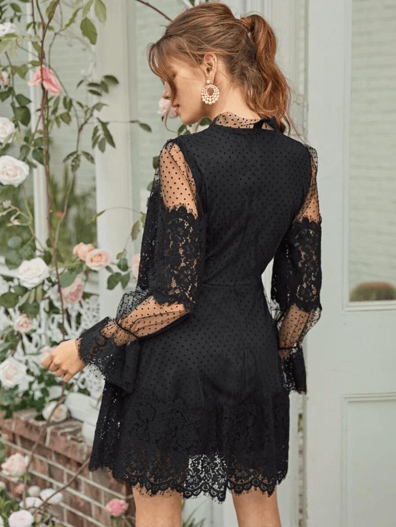 Sukienka Koronkowa Czarna z Długim Rękawem Mini